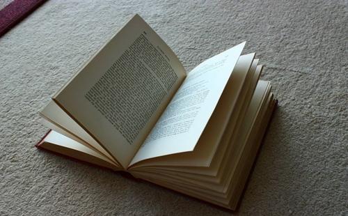什么是个人出书?自费出书对自己有什么好处?